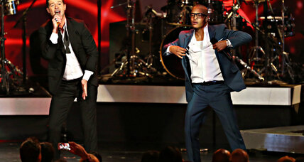 Warning of stifled art, 200 musicians protest 'Blurred Lines' ruling