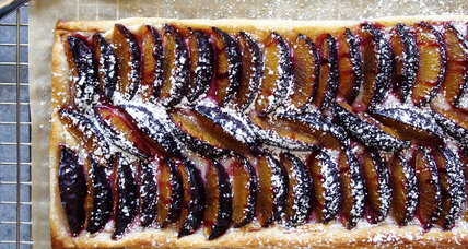 Cream cheese plum tart