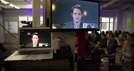 Opinion: For the sake of privacy, pardon Snowden