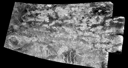 NASA orbiter reveals 'Shangri-La' on Titan