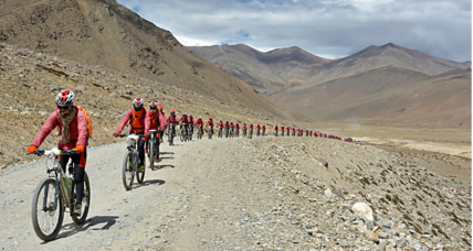 'Kung fu' nuns bike Himalayas to oppose human trafficking