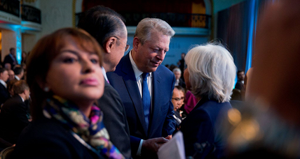 Hillary Clinton joins Al Gore in Miami. Is this a good idea? (+video)