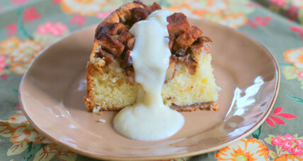 Apple cake with vanilla custard