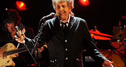 Nobel judge calls Dylan disrespectful for not responding to prize