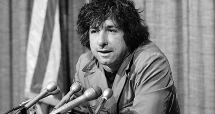 How the late Tom Hayden went from a fiery activist to a progressive lawmaker