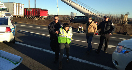 An immigrant rights' group blocks the GW Bridge: an effective way to protest?
