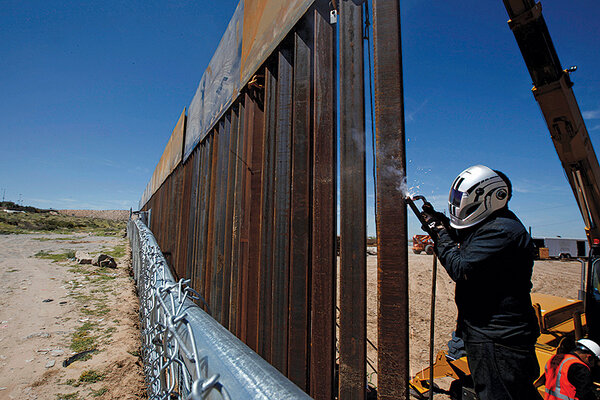 https://images.csmonitor.com/csm/2016/10/welding-fence.jpg?alias=original_600
