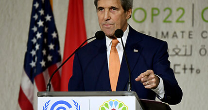 Eye on Trump, Kerry promotes the business case for climate action