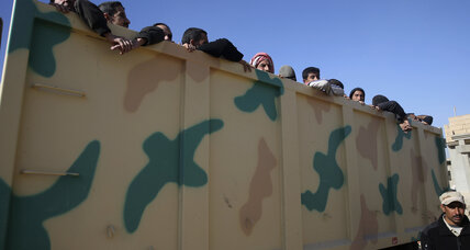 Scenes of panic as hundreds of Iraqis flee Mosul