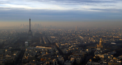 Smog city: Why Paris made public transit free for a day