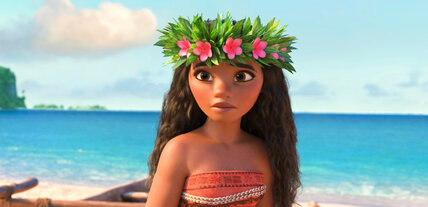 'Moana' reigns, 'La La Land' sings in limited release