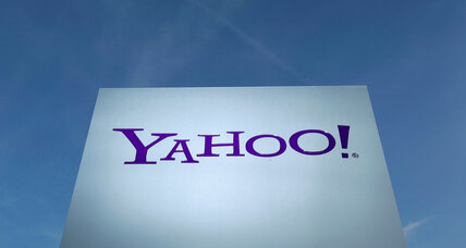 How should 1 billion users respond to epic Yahoo hack?