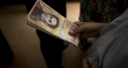 Why is Venezuela taking 100-bolivar notes out of circulation?