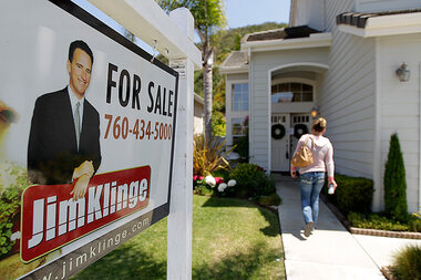 For single women, housing market still filled with inequalities
