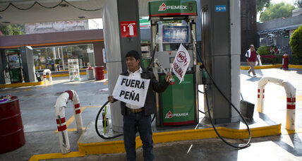 Long gas lines, price hike dampen holiday spirit in Mexico