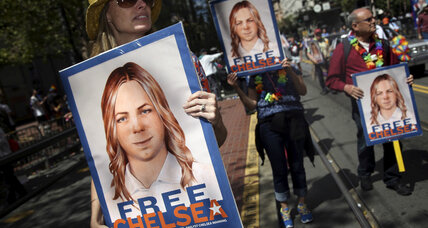 Obama commutes sentence of Chelsea Manning. What's next for Julian Assange?