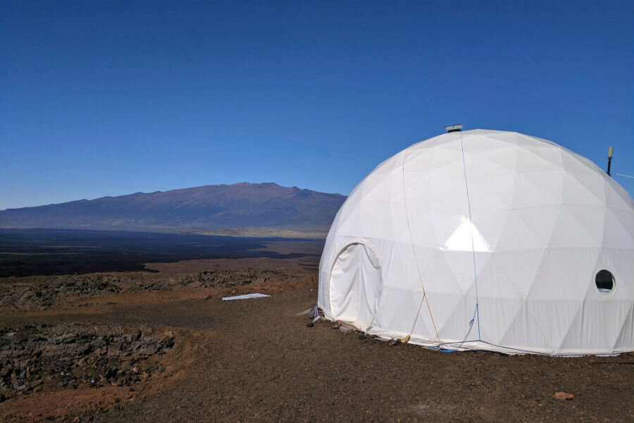 NASA researchers prepare for life on Mars ... under a dome ...