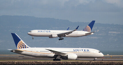 United Airlines computer glitch creates cascade of delays
