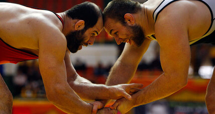 Iran relents on visas for US wrestlers headed to World Cup