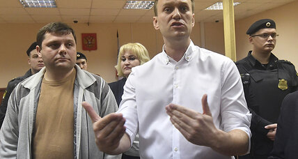 With court ruling, Kremlin moves to block political biggest threat: Navalny