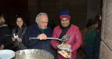 In Rome, a pensioner feeds 250 people in need four days a week