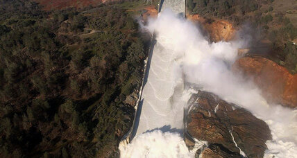 Crumbling California dam spillway forces nearly 200,000 to evacuate