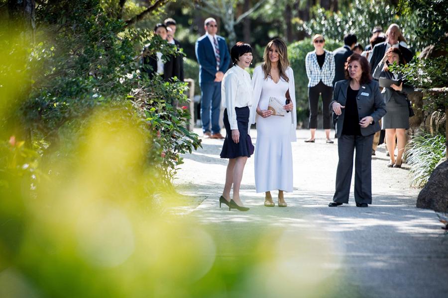 Melania Trump Says She Will Make Michelle Obamas White House Garden