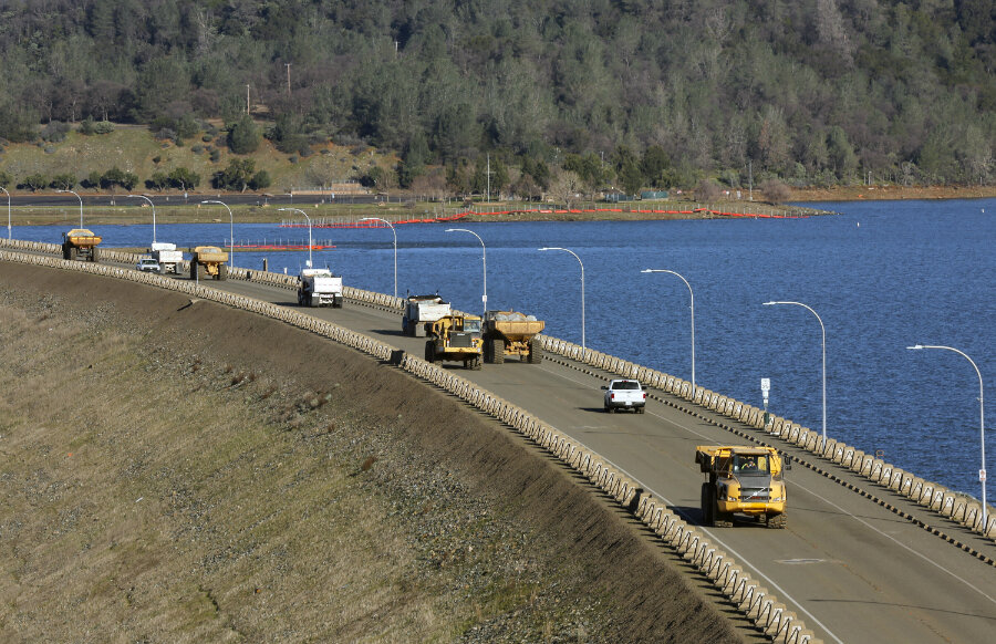 Repairs to Oroville dam continue as residents await next major storm