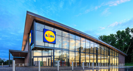 Why popular European grocer Lidl is entering the US market