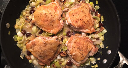 Braised chicken thighs with leeks and chestnuts