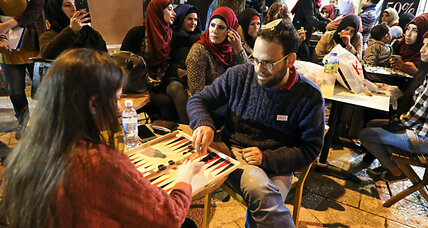Jews and Arabs come together for backgammon championship in Jerusalem