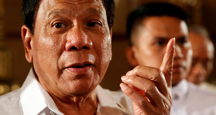 Appealing to public, Philippine lawmaker files Duterte's first impeachment complaint (+video)