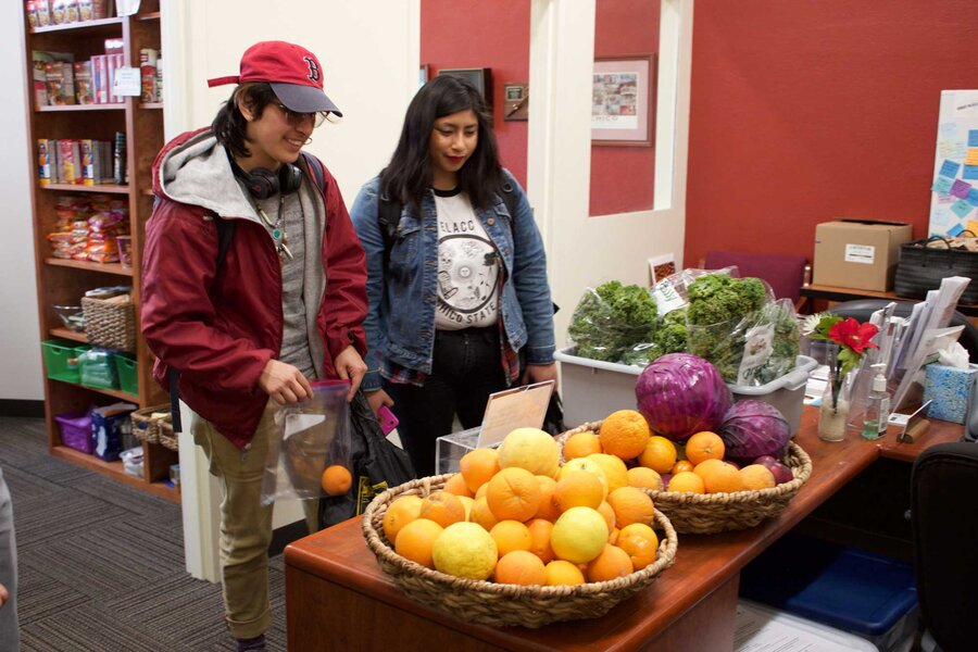 California boosts efforts to stamp out hunger on campus