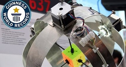 Robot sets new Rubik's Cube record