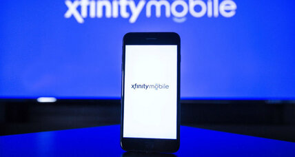 Comcast unveils mobile phone service as customers turn away from cable
