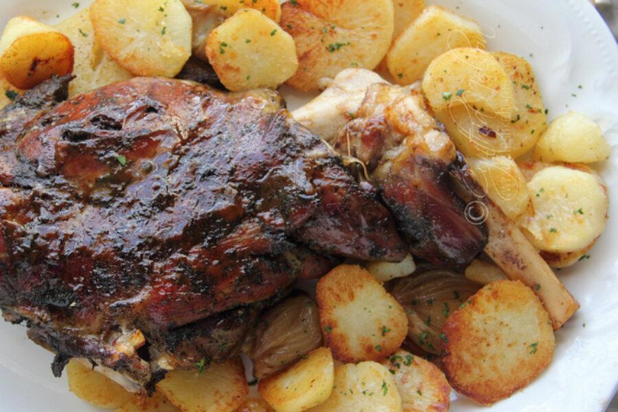Slow-roasted lamb shoulder - CSMonitor.com