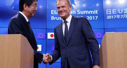 Japan, EU sign free trade pact in opposition to protectionism