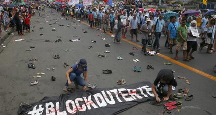 Thirty-two slain in Philippine president's war on drugs