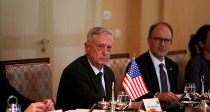 ISIS trapped in Iraq-Syria military vise, Secretary Mattis says