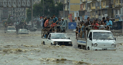 Poor state planning blamed for 1,400 killed in South Asia floods
