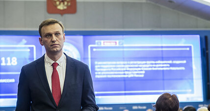 Banned from Russian election, Alexei Navalny calls for boycott