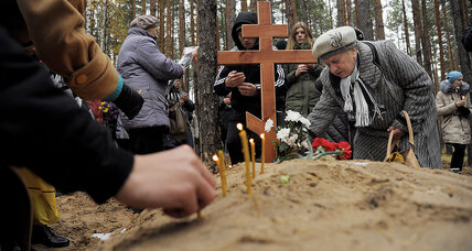 In Russia, a grass-roots bid to expose Stalin's 'Great Terror'