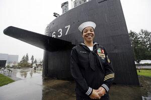navy hits major milestone for women in submarines csmonitor com rh csmonitor com