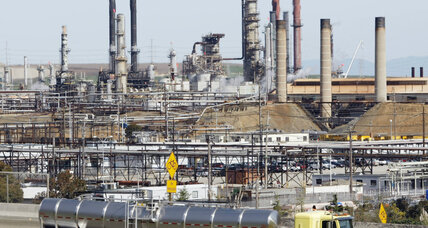In fossil fuels lawsuit, judge turns courtroom into classroom