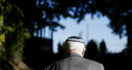 Thousands of Germans join 'kippa marches' in support of the Jewish community