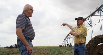 Amid drought in Texas Panhandle, farmers scratch crops from dust