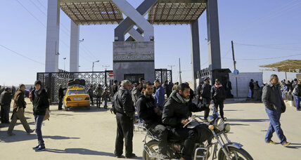 In humanitarian gesture, Egypt keeps Rafah crossing open through Ramadan