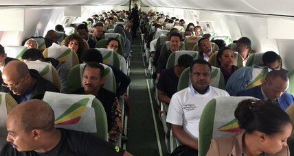 First Ethiopia-Eritrea flight in 20 years lands after peace deal
