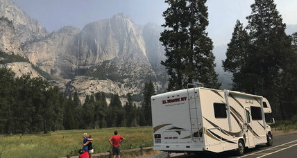 Yosemite Valley closed to battle wildfires