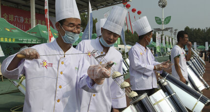 In China's 'Solar Valley,' solar cookout aims to woo chefs, reduce carbon